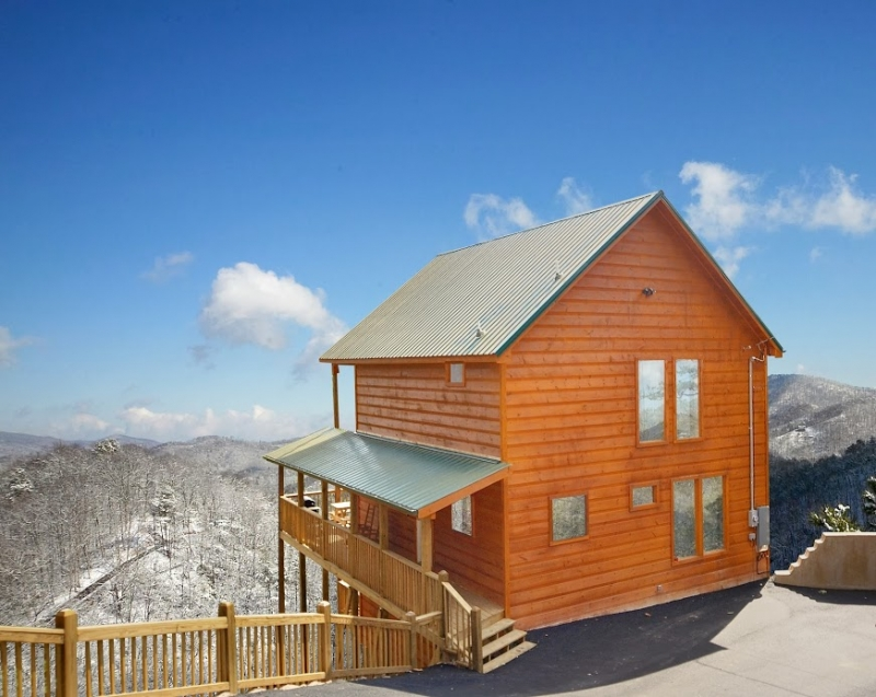 mountain with brilliant cabin to pertaining cedar twin rentals patriot gatlinburg awesome regard amazing home cabins