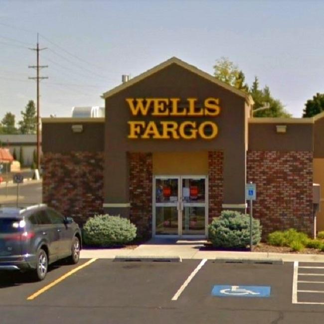 Wells Fargo Bank and ATM N Monroe St near Spokane dentist Max H. Molgard Jr, DDS, FACP