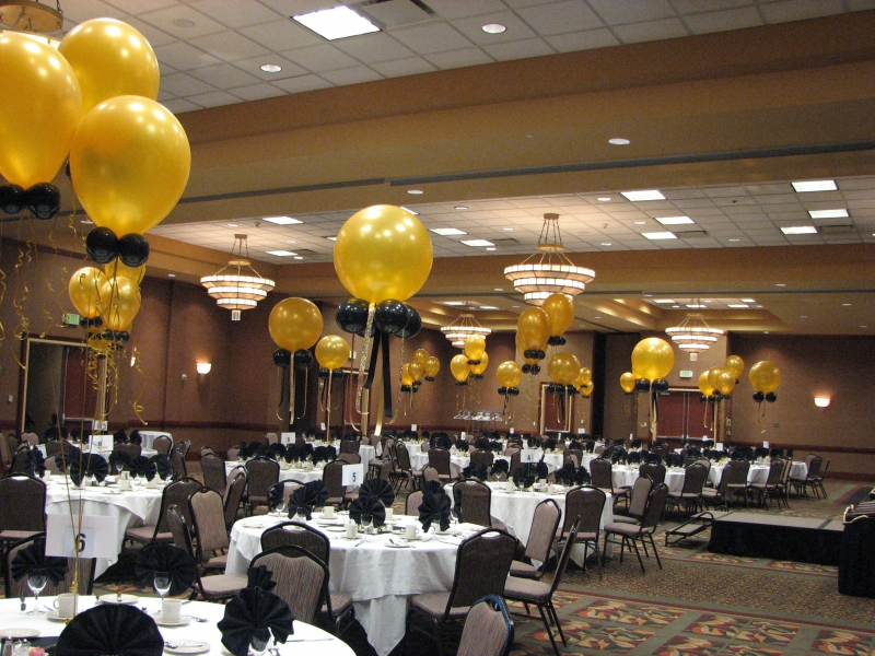 Gold And Black Balloon Photo Decorations For Event