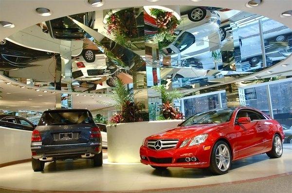 Manhattan motorcars new york new york for Manhattan mercedes benz dealer